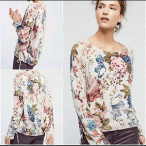 P23 Angel of the North Floral Sweater